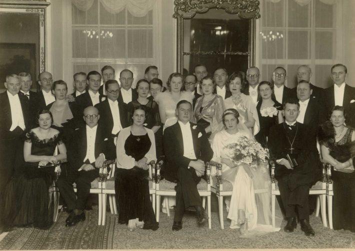 Fotol August Koerni pulmad välisministeeriumis 1938.Foto: välisministeeriumi arhiiv