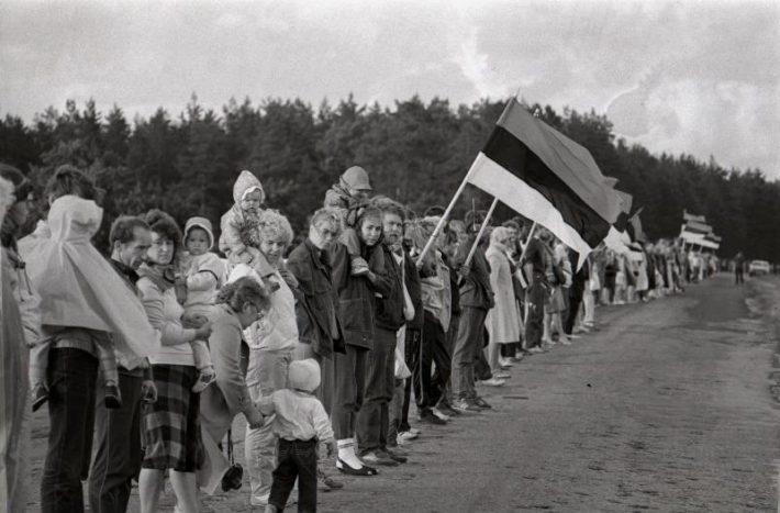 Balti kett. Foto: Harald Lepikson, Rahvusarhiiv