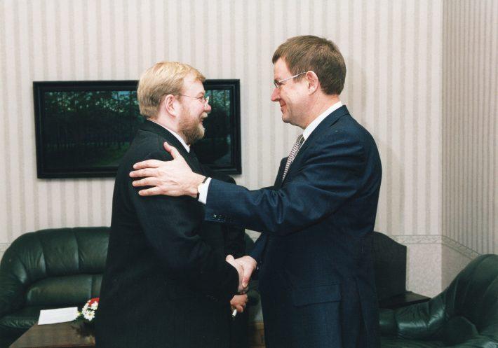 Taani peaminister Poul Nyrup Rasmussen kohtumas Eesti peaminister Mart Laariga, märts 2000. Foto: Erik Peinar, välisministeeriumi arhiiv