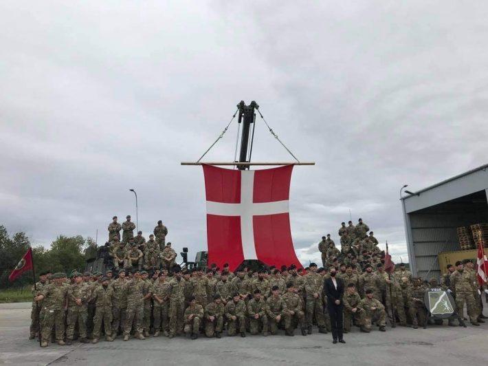 Taani peaminister Mette Frederiksen külastas Taani sõdureid Tapa sõjaväebaasis septembris 2020. Foto: Taani saatkond Tallinnas
